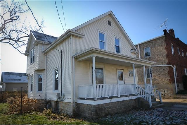 House For Rent In 622 Richmond St Joliet Il